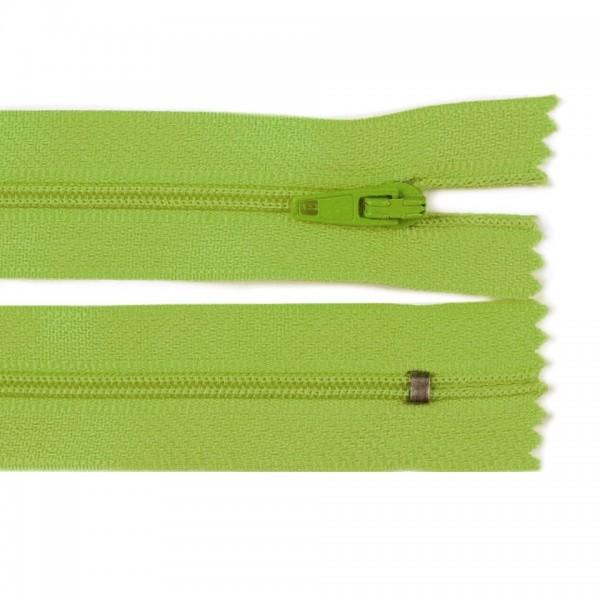Fermoar spiralat nedetașabil cu atoblocare, lungime 10 cm, culoare verde